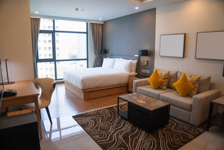 ضرورت وجود شارژر هتلی در هتل ها و مراکز اقامتی